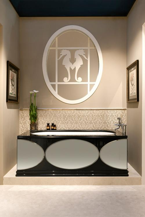 Rivoli Bathroom collection