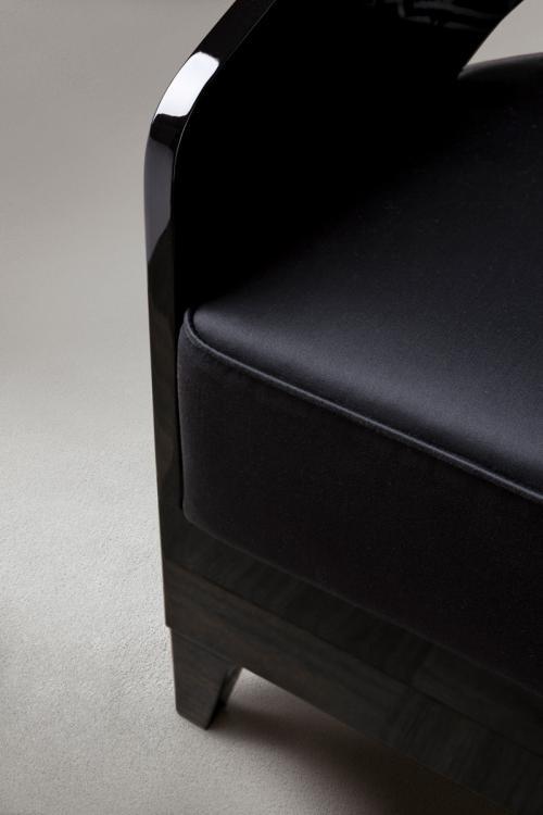 Jil armchair