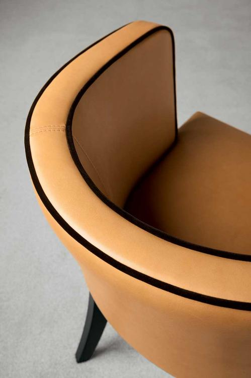 Gleen armchair by Oasis