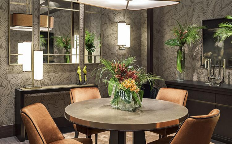 Feuilles d'automne dining room
