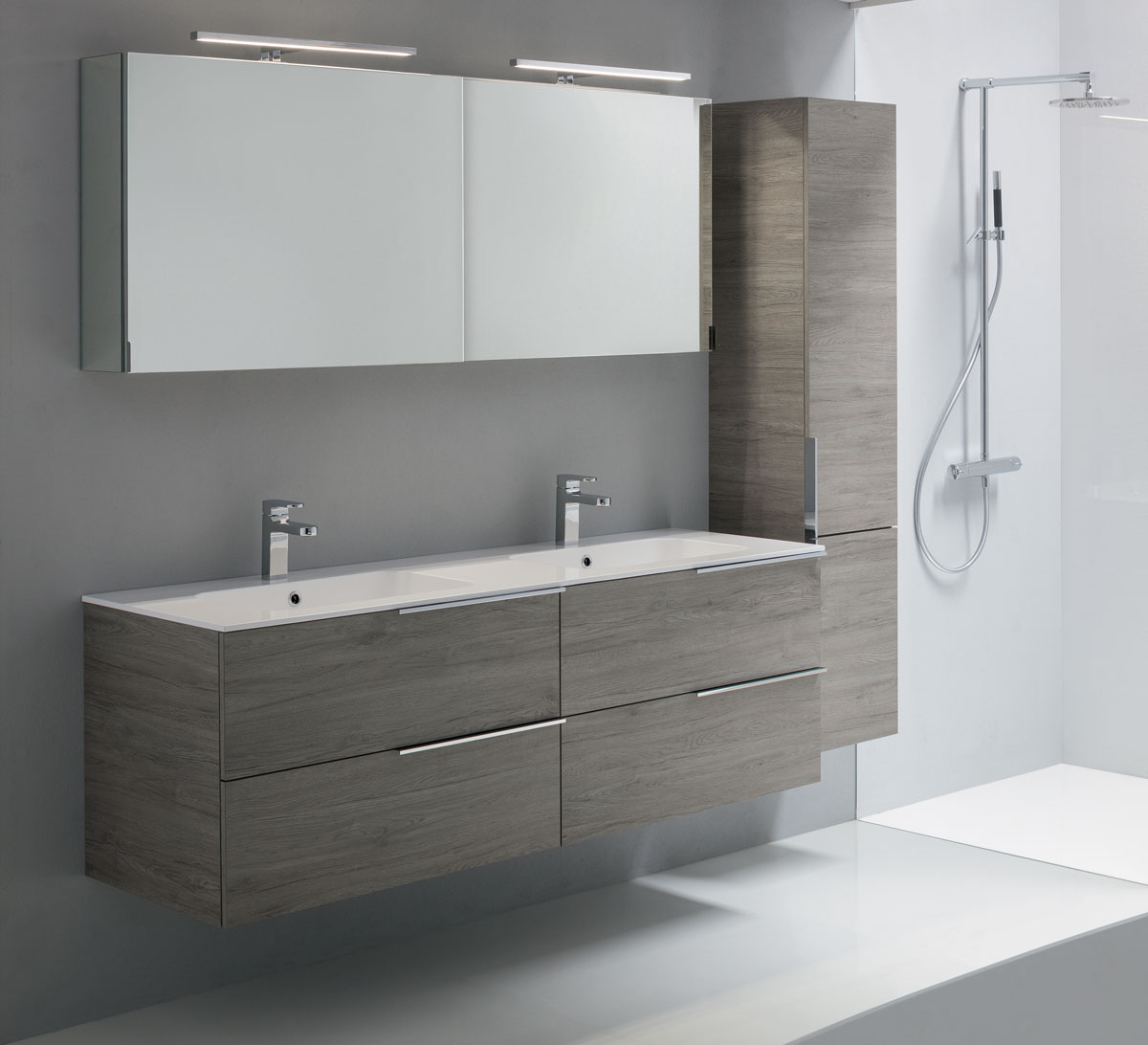 Ready collection by oasis modern design bathroom furniture for Small bathroom oasis
