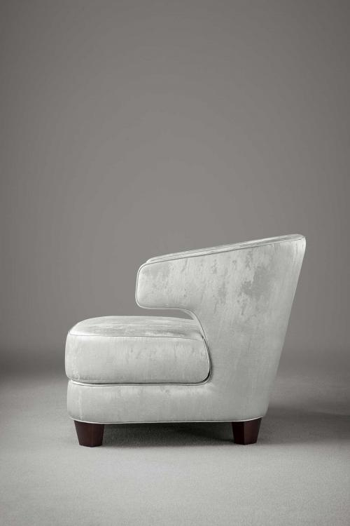 Joelle armchair by Oasis