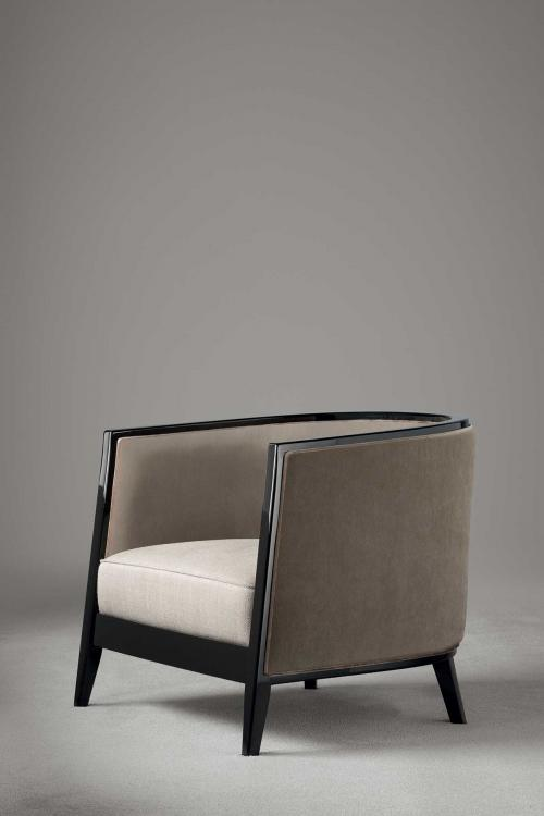 Saten armchair by Oasis