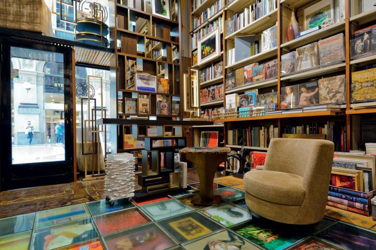 Oasis showroom @ libreria Bocca