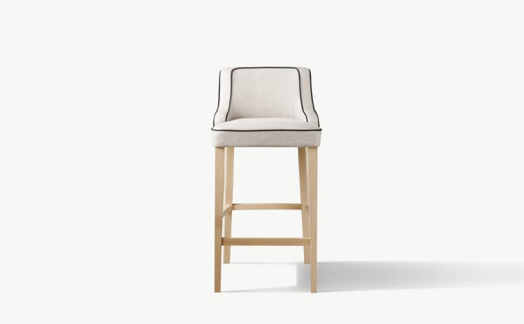 Isabey 4 | Stool