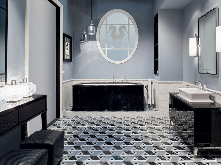 Rivoli bathtub, Black finish, Nero Assoluto marble top, Fortuny faucet, chrome details