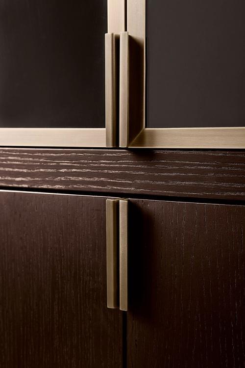 Oasis-Medici-glass-cabinet