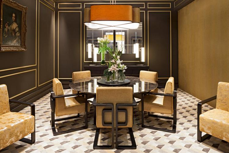 Golden and marble gala – Oasis dining room