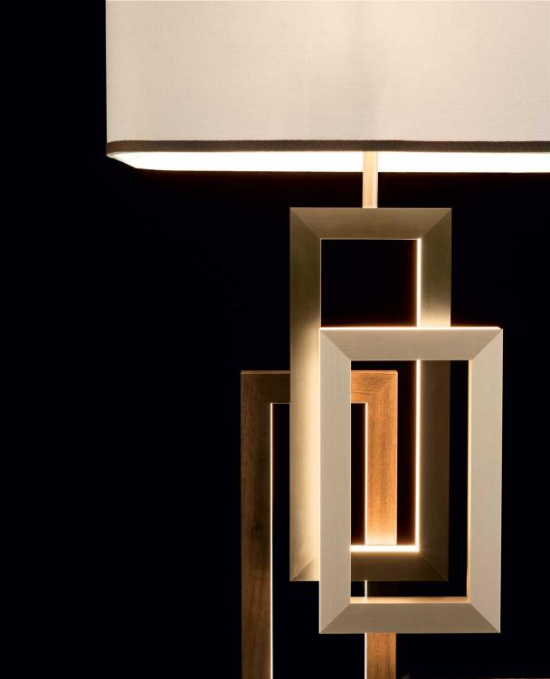 Edge table lamp - with lampshade