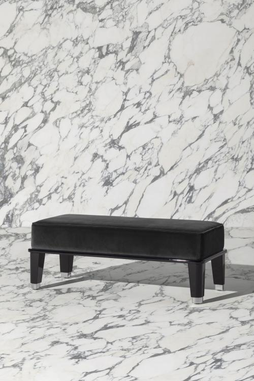Riviere small bench, Black finish, black velvet