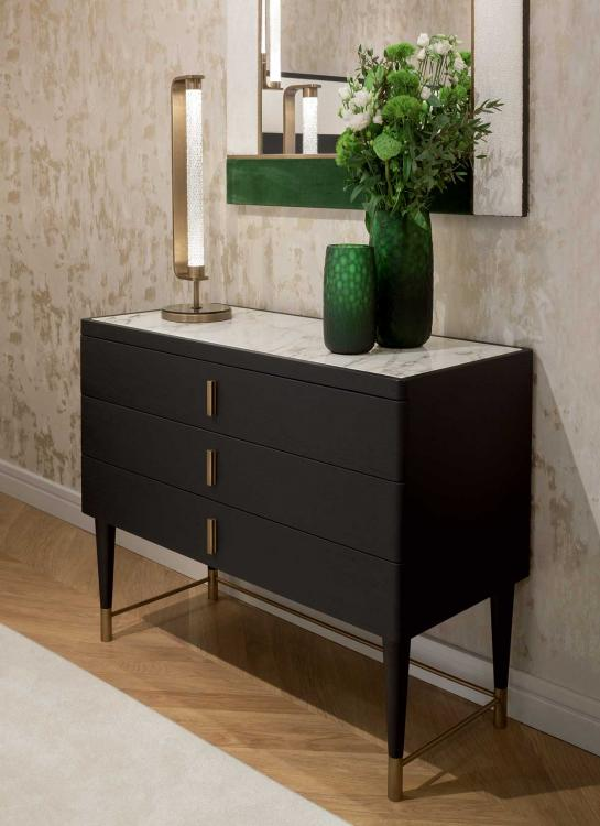 Mozar drawer chest