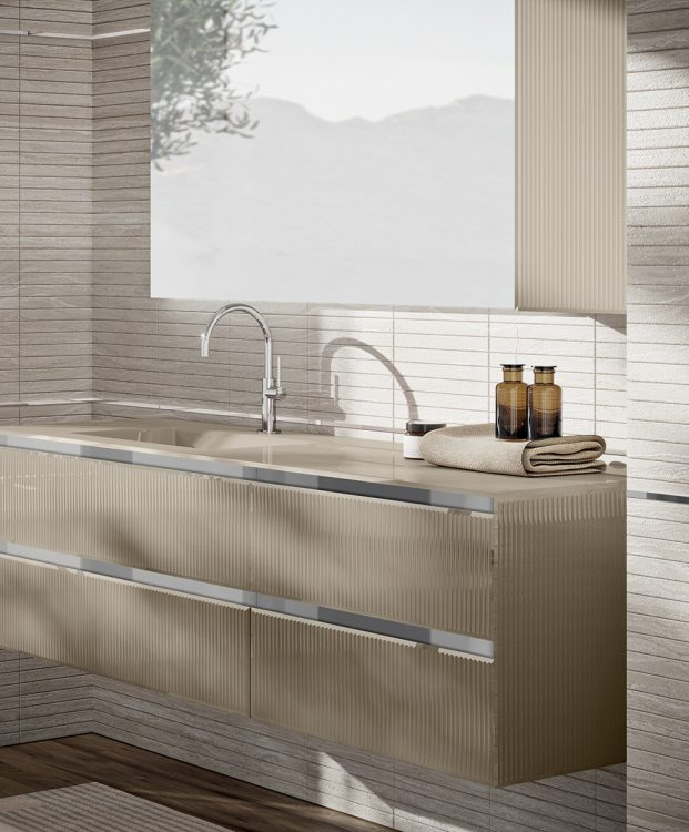Eden vanity unit, Ribbed Lino glass finish, integrated glass top, Dalì mirror, wall unit